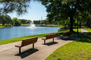 One Bedroom Apartments for Rent in Katy, TX - Bike & Walking Path with Benches and Lake View