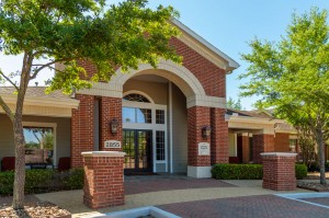 One Bedroom Apartments for Rent in Katy, TX - Clubhouse Exterior