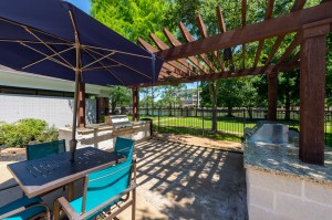 Two Bedroom Apartments for Rent in Katy, TX - Covered Outdoor Pergola Grilling Area