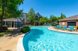 Two Bedroom Apartments for Rent in Katy, TX - Pool with Grilling Area
