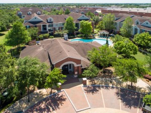 Three Bedroom Apartments for Rent in Katy, TX - Aerial View of Clubhouse & Pool