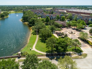 Three Bedroom Apartments for Rent in Katy, TX - Aerial View of Community with Lake Fountain
