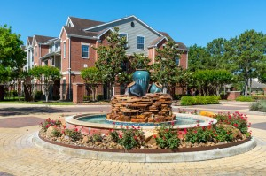Two Bedroom Apartments for Rent in Katy, TX - Exterior Building with Fountain
